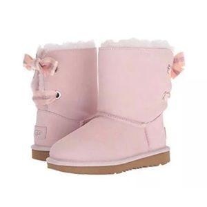 NWT UGG Pink Bailey Bow ll